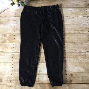 Fabletics Patterned Joggers Size Small